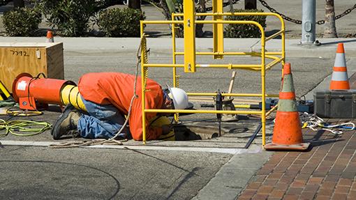manhole-worker